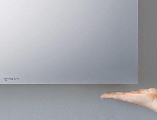 Ovládanie LED zrkadla DURAVIT jednoduchým pohybom ruky